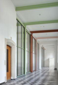 Famous by Architecten De Vylder Vinck Taillieu | http://www.yellowtrace.com.au/famous-agency-architecten-de-vylder-vinck-taillieu-bijgaarden/