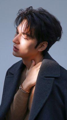 Korean Celebrities, Korean Actors, Lee Min Ho Smile, Lee Min Ho Photos, New Actors, Blockbuster Movies, King Of My Heart, Hyun Bin, Boys Over Flowers