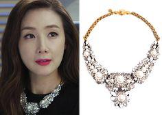 "Choi Ji-Woo 최지우 in ""Temptation"" Episode 10.  Shourouk 'Apolonia' Necklace #Kdrama #Temptation 유혹 #ChoiJiWoo"