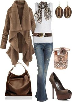 White and Brown Fall Outfit....I totally love this outfit