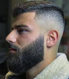 Mens Hairstyles With Beard, Cool Hairstyles For Men, Haircuts For Men, Beard Styles For Men, Hair And Beard Styles, Curly Hair Styles, Mens Beard Grooming, Hair Cutting Techniques, Beard Haircut