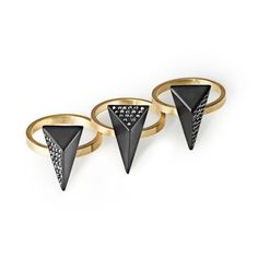 Tots into these geometric shaped rings.