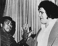 Muhammed Ali does the hand jive with André the Giant, Conan The Destroyer, Mick Foley, Float Like A Butterfly, Andre The Giant, Wrestling Superstars, Davy Jones, Muhammad Ali, Historical Pictures, Cool Photos