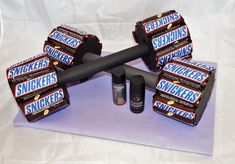 Gifts for Men - Snickers Dumbbells, Gift, Father& Day, JGA - A Design . - Views - Gifts for Men Snickers Dumbbells Gift Father& Day JGA A design - Diy Birthday, Happy Birthday Cards, Birthday Ideas, Christmas Birthday, 26th Birthday, Father Birthday, Diy Christmas, Gifts For Father, Gifts For Him