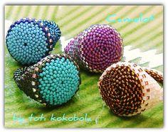 Toti Kokobola - check out website Beading Tutorials, Beading Patterns, Seed Bead Crafts, Crochet Rings, Ring Tutorial, Beaded Jewelry Designs, Handmade Rings, Beaded Rings, Loom Beading