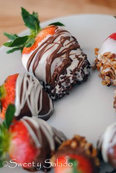 Chocolate Covered Strawberries // Fresas Cubiertas Con Chocolate