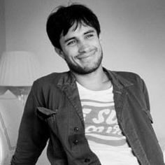 gael garcia bernal, the reason why I LOVE watching the Gillet commercial