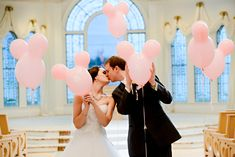 Mickey Mouse balloons add a touch of Disney magic at Disney's Wedding Pavilion @shende5