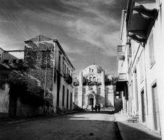 ΑΝΟΙΞΗ 1941 -Ανηφορίζοντας τα στενά της Πάτρας, στον δρόμο για τον Παντοκράτορα ΦΩΤΟΓΡΑΦΙΑ ΑΠΟ LUCE