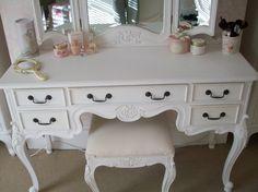paint vanity with harp mirror | Classic White Wooden Painted Three Mirror Dresser Vanities Makeup ...