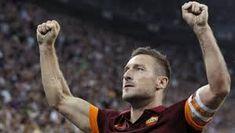 Risultati immagini per francesco totti As Roma, Totti Roma, Miami, Football, Sports, Studio, Soccer, Hs Sports, Futbol