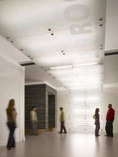 Museum of Tolerance Remodel, Los Angeles, CA. Cannon Design (Photo: Benny Chan / Fotoworks)