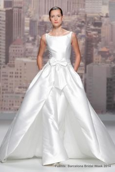 Rosa Clara 2015 modern satin bridal ball gown with bateau neckline Wedding Robe, Wedding Pantsuit, Wedding Attire, Wedding Blog, Wedding Ideas, Rosa Clara Wedding Dresses, 2015 Wedding Dresses, Bridal Dresses, White Evening Gowns