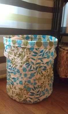 I LOVE any type of containers to keep things organized. Having 3 boys doesn't always make it easy to keep things neat though. I had this cu...