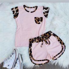 Dresses Kids Girl, Little Girl Outfits, Kids Outfits Girls, Toddler Girl Outfits, Cute Outfits, Formal Outfits, Rock Outfits, Emo Outfits, Toddler Girl Shorts