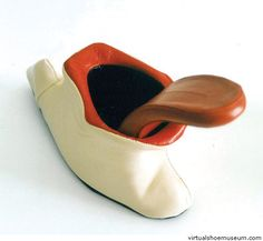 Tongue shoe    Kobi Levi