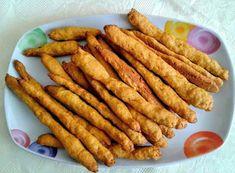 Κουλούρια-κριτσίνια - καρότου !!!! ~ ΜΑΓΕΙΡΙΚΗ ΚΑΙ ΣΥΝΤΑΓΕΣ 2 Greek Cookies, Indian Food Recipes, Ethnic Recipes, Food Dishes, Carrots, Dairy Free, Sausage, Food And Drink, Cooking Recipes