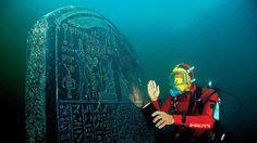 Cleopatra+underwater+palace   Egipto: Encuentran ciudad perdida después de 1.200 años bajo el mar ...