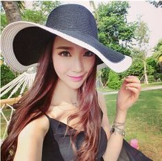 Item Type: Sun Hats Pattern Type: Paisley Department Name: Adult Style: Casual Gender: Women Material: Straw Model Number: SUN HATS ITEM: women's hats SHAPE: Straw hats STYLE : Summer style GENDER: Wo