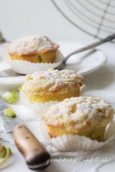 Rhabarber-Muffins mit Vanillestreuseln -Rhubarb-Muffins with Vanilla-Chrunch Zimtkeks und Apfeltarte