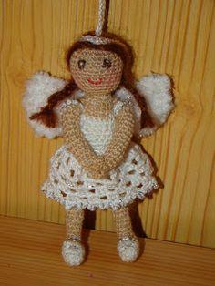 Gledita babái és más alkotások: Horgolt Angyalka hegyi kristállyal