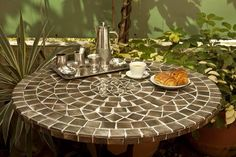 Mosaic tables and wrought iron furniture, previously reserved for export to exclusive high-end retailers around the world, now available online in Vietnam. Iron Furniture, Luxury Furniture, Outdoor Furniture, Outdoor Decor, Furniture Refinishing, Outdoor Projects, Furniture Ideas, Table Top Design, Gardens