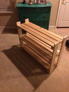 Wood Shoe Rack, Diy Shoe Rack, Shoe Racks, Diy Rack, Build A Shoe Rack, Wooden Rack, Diy Shoe Storage, Bench With Shoe Storage, Wooden Pallet Projects
