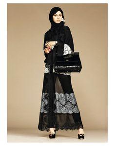 Exclusive: The Dolce & Gabbana abaya and hijab collection. Abaya Designs, Islamic Fashion, Muslim Fashion, Modest Fashion, Hijab Collection, Collection Couture, Abaya Mode, Mode Hijab, Abaya Style