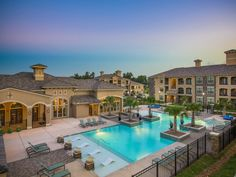 The Retreat at Riverstone | Pet Friendly Apartments | Sugar Land, TX