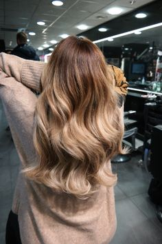 – Eigen creaties/own creations. Made b… – Eigen creaties/own creations. Made by Haarvisie. Easy Healthy Dinners, Easy Dinner Recipes, Soft Balayage, Balayage Hair, Balayage Extensions, Top Stylist, Hair Care Tips, Pinterest Recipes, Diy For Teens