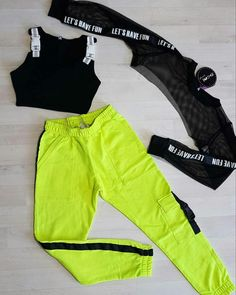 Neon Outfits, Cute Lazy Outfits, Swag Outfits For Girls, Crop Top Outfits, Girls Fashion Clothes, Teenage Outfits, Sporty Outfits, Teen Fashion Outfits, Mode Outfits
