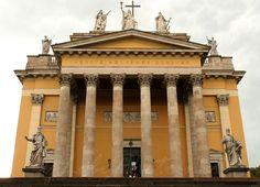 Eger. Bazilika. VENITE ADOREMUS DOMINUM  (Jöjjetek imádjuk az Urat)