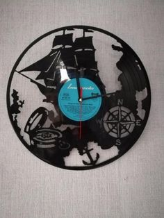 Uhr aus Schallplatte in Gitarrenform | Bastel-& DIY-Ideen ...