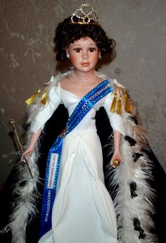 Mary O'Neill Doll Museum : Queen's birthday 2012 in New Zealand ...