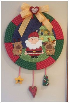What's the chance of me making 100 of these by Christmas? I soooooo want them for my tree. Christmas Sewing, Christmas Love, Christmas Wreaths, Christmas Ornaments, Hobbies And Crafts, Diy And Crafts, Styrofoam Art, Christmas Door Hangings, Country Christmas Decorations