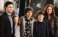 Harry & Ginny with James, Albus & Lily