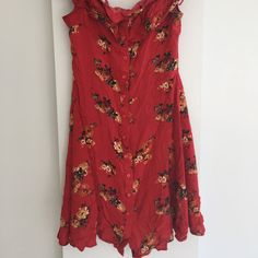 Marketplace for new and preloved fashion Save The Planet, Selling Online, Second Hand Clothes, Zara, Platform, Unique, Stuff To Buy, Shopping, Dresses