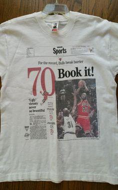 1996 Chicago Bulls 70 Book It! Michael Jordan T-Shirt Men Large Chicago Tribune  #FruitoftheLoom #ChicagoBulls