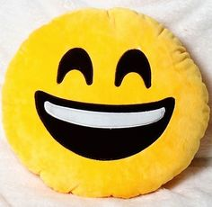 Big smile emoji pillow