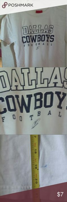 DALLAS COWBOYS Football REEBOK T Shirt Youth L YOUTH size LARGE Dallas Coyboys Football  Reebok T Shirt  Can fit a petite woman or youth girl or boy. It does have a small 1/2 inch blue pen mark. Otherwise nice loved condition. Reebok Shirts & Tops Tees - Short Sleeve
