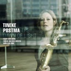 "Tineke Postma: ""The Dawn Of Light "" ( challenge records ) personnel: Tineke Postma: alto and soprano saxophones; Marc van Roon: Steinway grand piano, Korg MS 20 synthesizer, Fender Rhodes Mark I; Frans van der Hoeven: double bass; Martijn Vink: drums; Esperanza Spalding: vocals http://www.qobuz.com/lu-fr/album/the-dawn-of-light-tineke-postma/0608917331325"