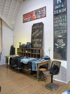 RRL pop-up store in London(table with shelf or crate set op top) Display Design, Store Design, Typography Letters, Lettering, Men Store, Pop Up Shops, Field Guide, Shop Interiors, Visual Merchandising
