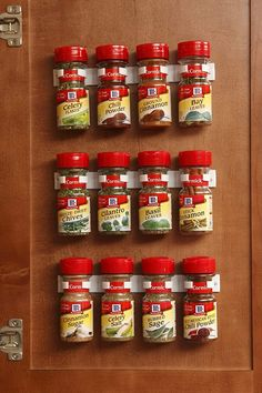Home organization ideas that you can copy! Take the clutter stress away from small apartment living with these apartment organization hacks. organization ideas for the home, diy organization ideas, organization bedroom, organization hacks, storage and o Spice Rack Storage, Spice Holder, Food Storage, Diy Kitchen Storage, Rv Storage, Storage Hacks, Storage Ideas, Spice Racks, Storage Solutions