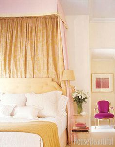 With 60 beautiful bedroom designs, there's a room for everyone. Upgrade your cozy escapes with these ideas that'll make you want to bliss out on all the bedding with these modern bedroom ideas. Beautiful Bedroom Designs, Beautiful Bedrooms, Beautiful Homes, House Beautiful, Beautiful Live, Modern Bedroom, Bedroom Decor, Master Bedroom, Bedroom Romantic