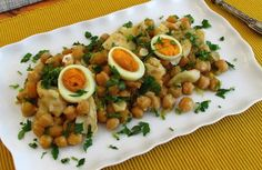 Bacalhau com grão no forno | Food From Portugal