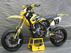 Racing Cafè: Yamaha YZ 450 F 2007 by Swatdoc