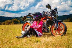 [New] The 10 Best Hairstyles (with Pictures) - Duke Bike, Ktm Duke, Biker Photography, Girl Photography, Biker Girl, Orange Pink, Girl Wallpaper, Black Forest, Motorbikes