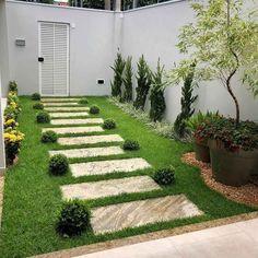 Garden plants: species and photos to plan a green space - Garden/landscaping - Paisagismo Backyard Garden Design, Small Garden Design, Backyard Ideas, Small Gardens, Outdoor Gardens, Modern Gardens, Side Yard Landscaping, Landscaping Ideas, Acreage Landscaping
