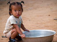 aMuangNgoi1girl1AAA   a girl and her basin, Muang Ngoi, Laos…   dave stamboulis   Flickr