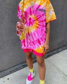 Fashion Tips Outfits .Fashion Tips Outfits Tie Dye Shirts, Dye T Shirt, Diy Shirt, Tie Dye Outfits, Cute Outfits, Tomboy Outfits, Batik Mode, Tie Dye Crafts, Tie Dye Fashion